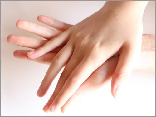 手の温度が高い